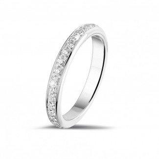 圆形钻石婚戒 - 0.55 克拉白金密镶钻石戒指