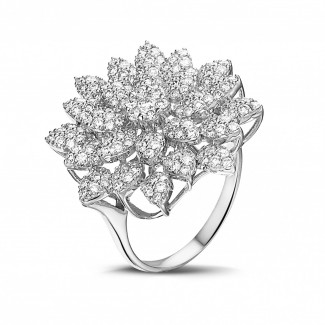 新品 - 花之恋1.35克拉白金钻石戒指